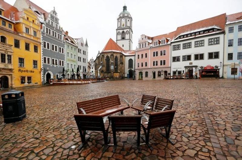 Германия қатаң карантин режимін 14 ақпанға дейін созбақ