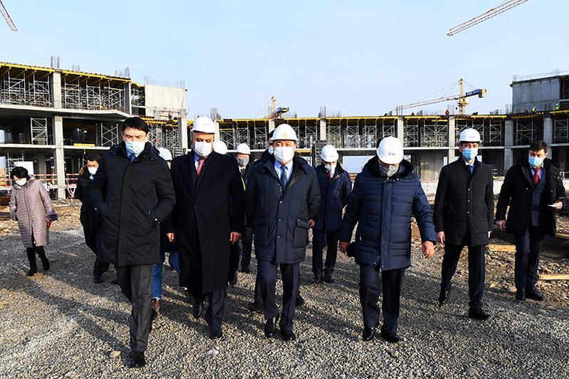 Аскар Мамин проинспектировал развитие Туркестана
