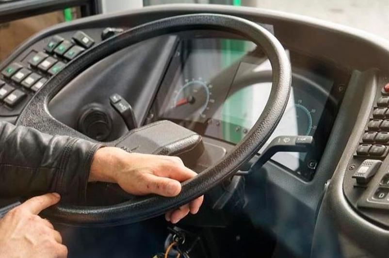 Водители автобусов совершили 170 нарушений ПДД за сутки в Атырау