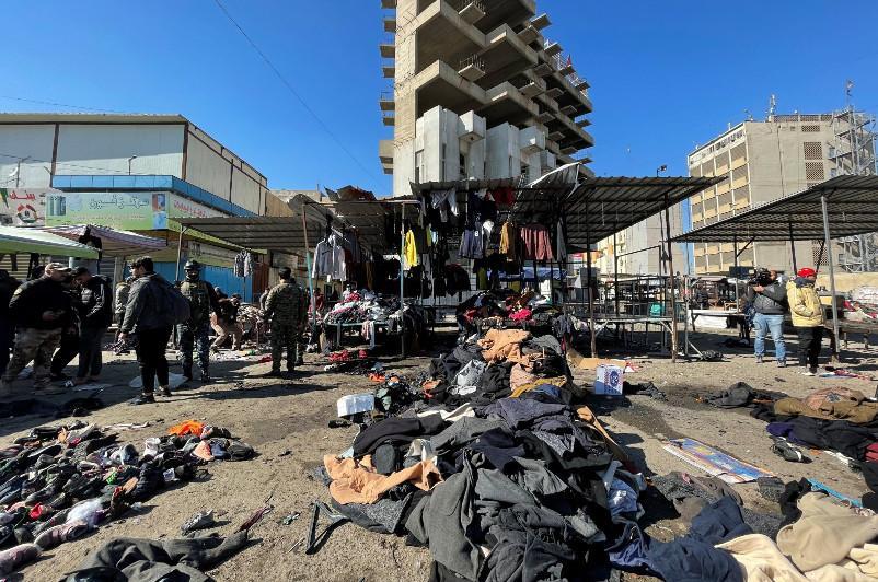 Более 23 человек погибли в результате двух взрывов  в столице Ирака
