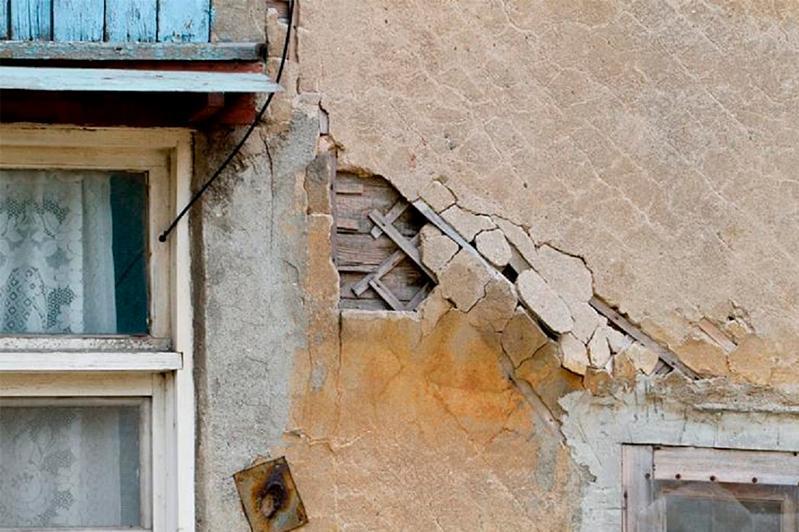 В Алматы половина домов требует капитального ремонта - акимат
