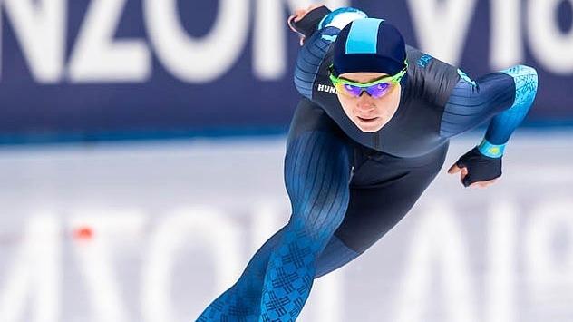 哈国短道速滑选手在国际赛事中刷新个人成绩
