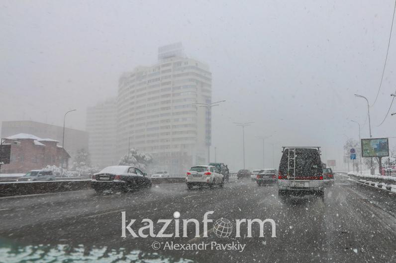 Снегопады и потепление - прогноз погоды в Казахстане на 26-28 января