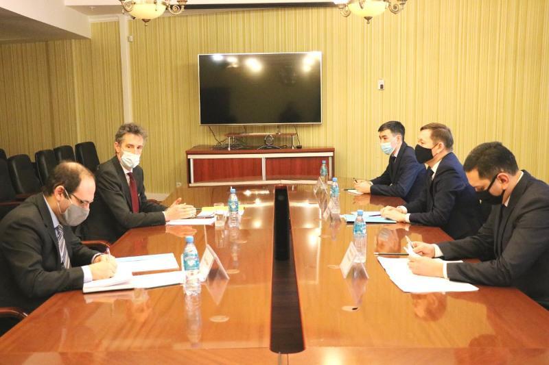 В Нур-Султане обсудили перспективы обмена опытом с Францией по обеспечению прав религиозных объединений