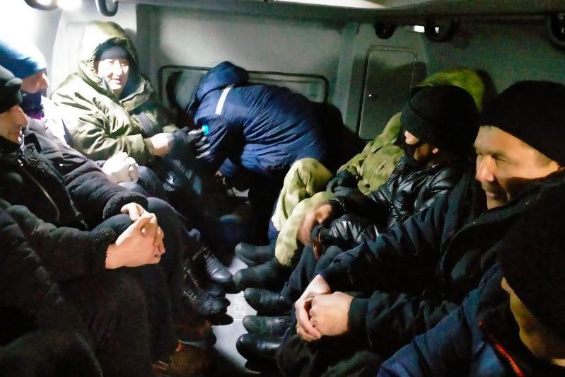Девять человек спасены из снежного заноса в Алматинской области