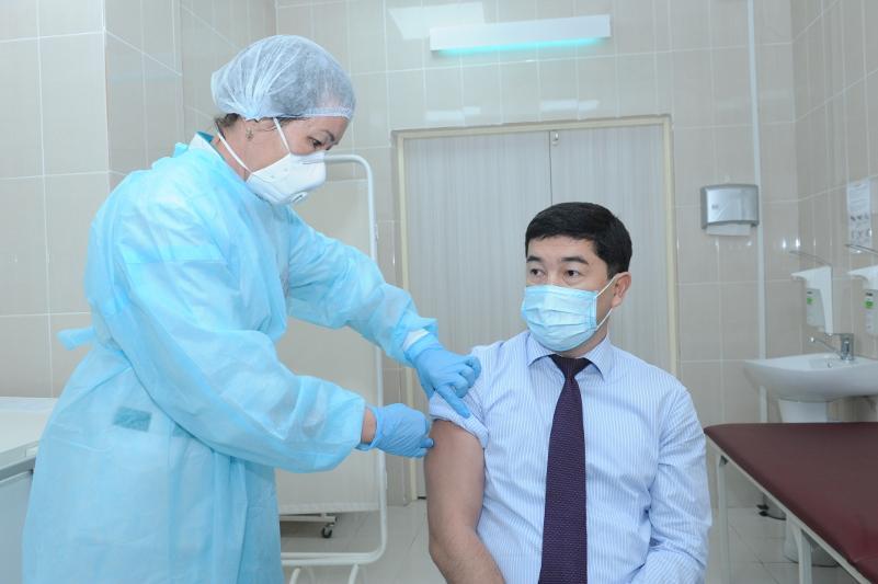 Первые 1450 доз вакцины от коронавируса доставлены в Алматинскую область