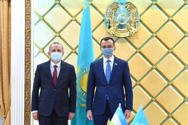 Мәулен Әшімбаев: Өзбекстан - Қазақстанның Орталық Азия өңіріндегі негізгі сауда серіктесі