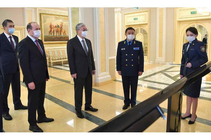 Глава государства провел совещание с руководящим составом Генеральной прокуратуры