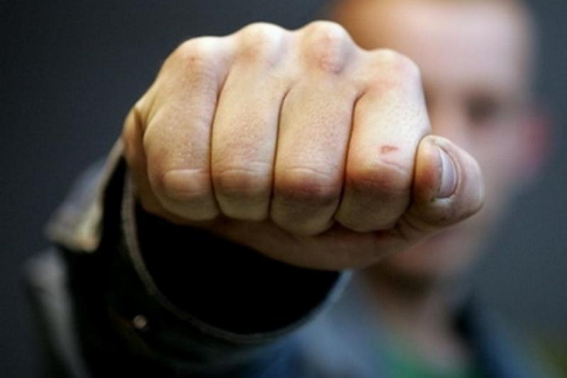 Сельчанин избил и ограбил пенсионера в Алматинской области