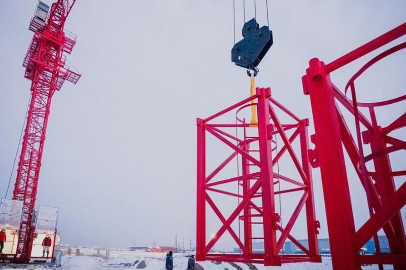 Астанада алғаш рет құрылыс крандары шығарыла бастады