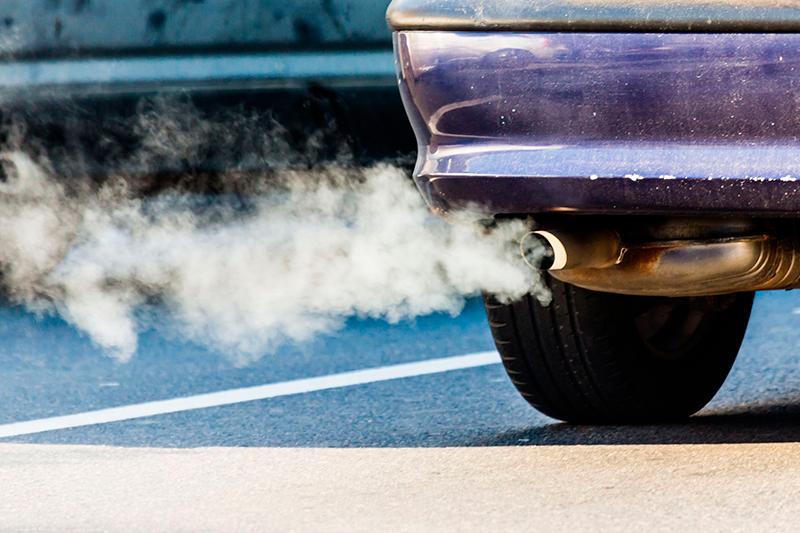Павлодарских водителей наказываютза превышение нормы выбросов в воздух