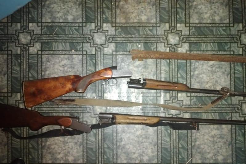 Охотничьи ружья незаконно хранил в доме житель СКО