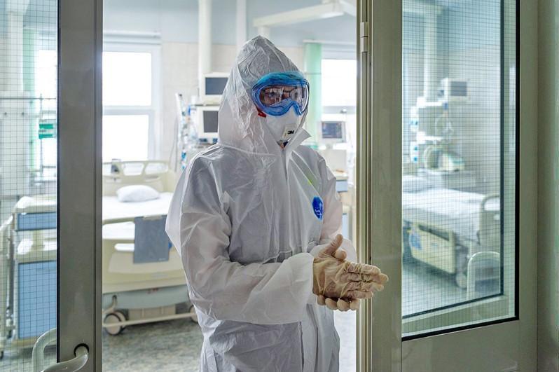卫生部:全国245名新冠患者病情严重