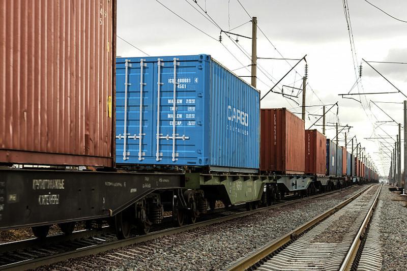 Қазақстанның барлық станцияларында контейнерлерге тиеу рұқсат етілді