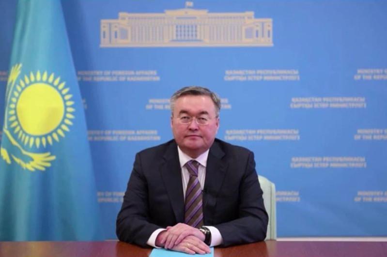 外交部长在日内瓦在军谈判会议上发表讲话