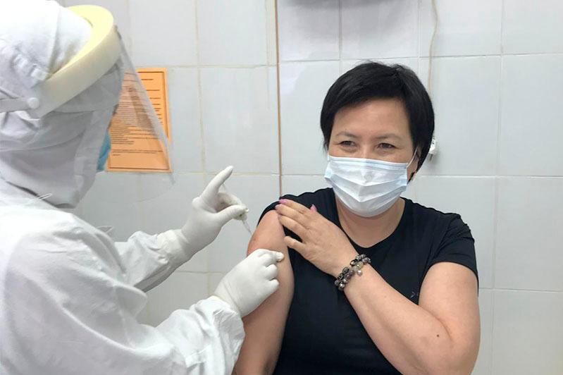 Как проходит второй этап вакцинации в Акмолинской области