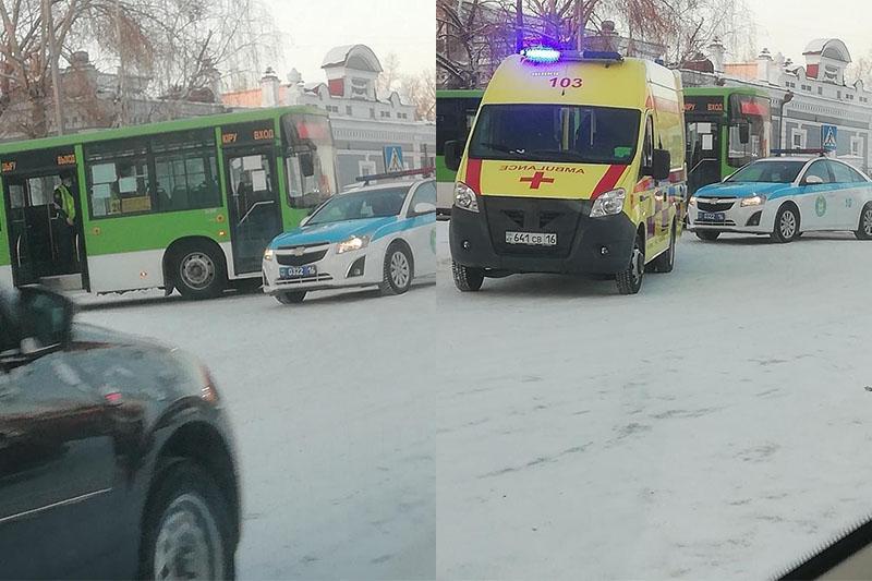 Семейде екі автобус екі жасөспірімді қағып кеткен