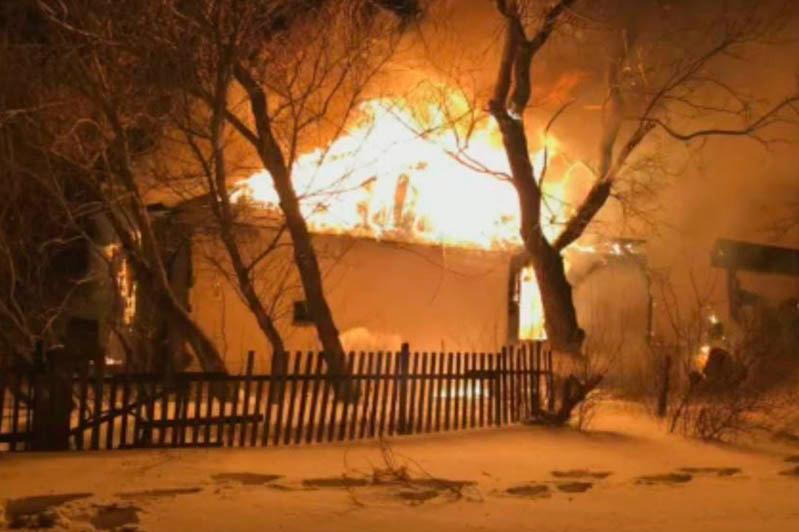 Два человека погибли при пожаре в Акмолинской области