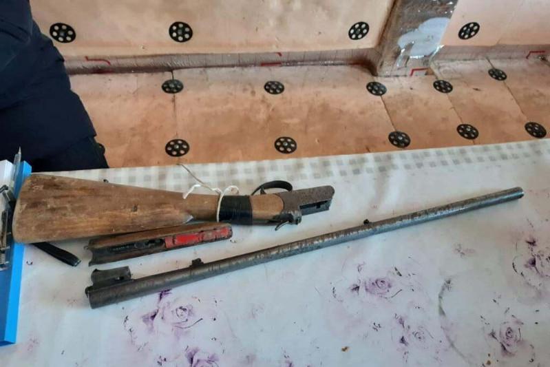 Оружие и золото изъяли у золотоискателей в Жамбылской области