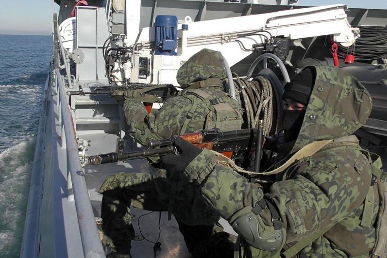 Учение по охране и обороне кораблей прошло в Актау