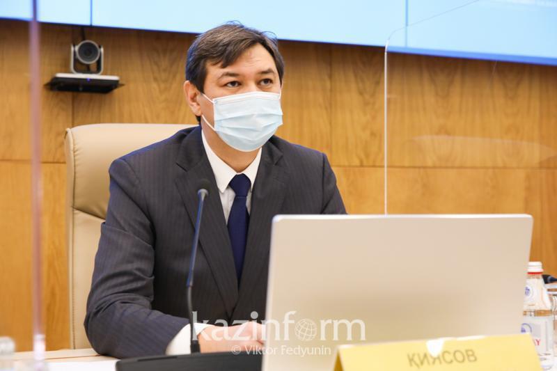 Ерлан Қиясов вакцинаның қорғаныш әсеріне қатысты түсінік берді