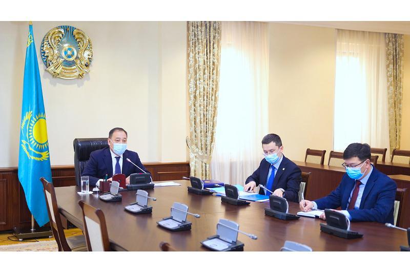 Ералы Тугжанов провел заседание Межведомственной комиссии по нераспространению COVID-19