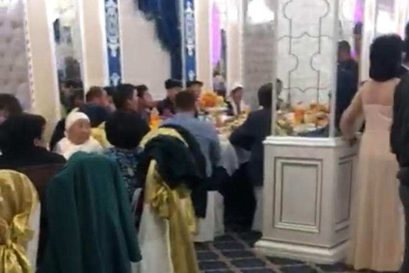 Той с участием 200 человек остановили полицейские Туркестанской области