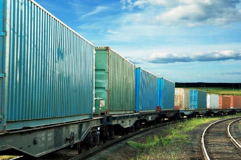哈萨克斯坦所有火车站将开通集装箱运输业务