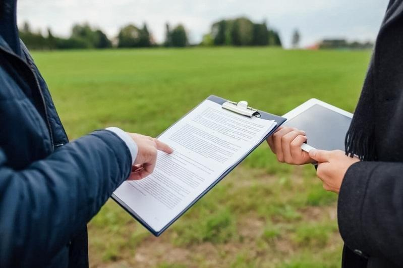 Законодательно запретить продажу сельхозземель иностранцам поручил Президент РК