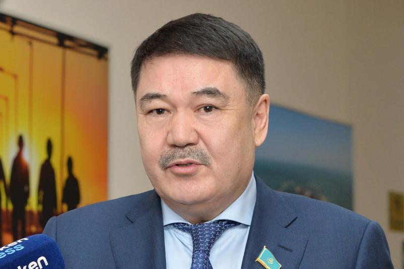 Мансұрхан Махамбетов Парламентаризм институтының директоры болып тағайындалды