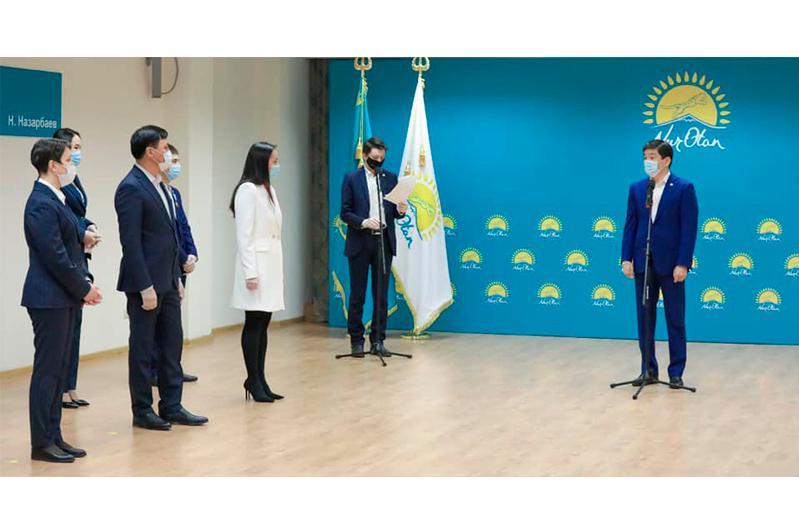 Будет внедрен общественный рейтинг депутатов партии «Nur Otan» - Бауыржан Байбек