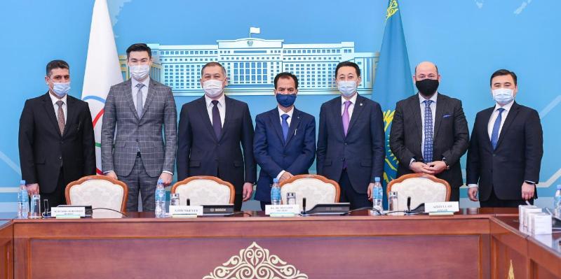 哈萨克斯坦向阿富汗、伊拉克和巴勒斯坦提供人道主义援助