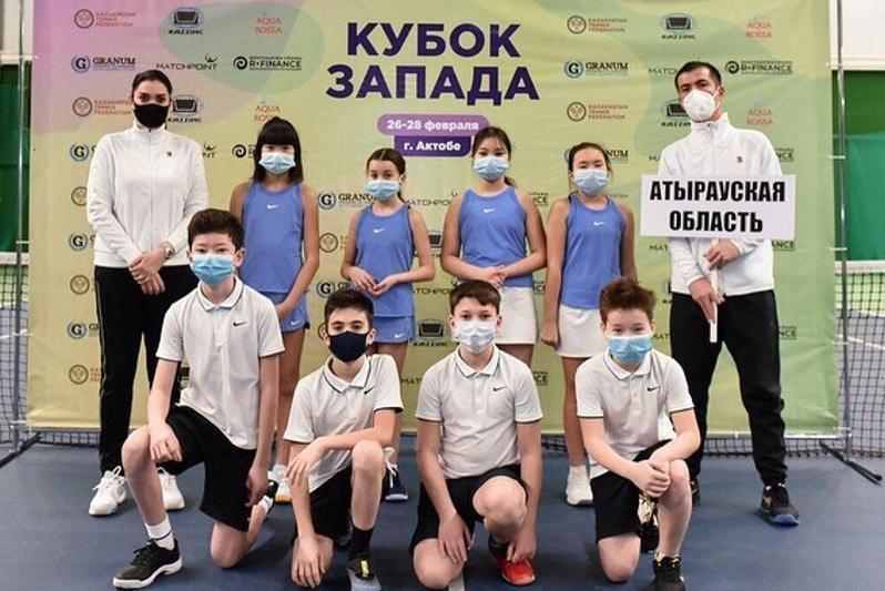 Командное первенство среди юниоров до 12 лет по теннису проходит в Актобе