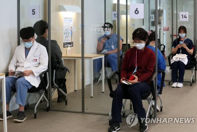 New virus cases below 400 on fewer testing, virus curbs extended for 2 more weeks in S. Korea