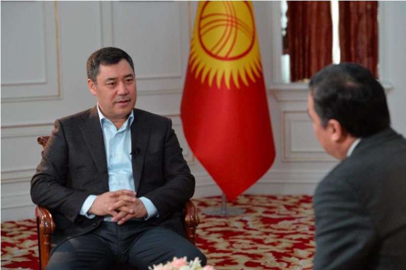 哈萨克国际通讯社专访吉尔吉斯共和国总统扎帕罗夫