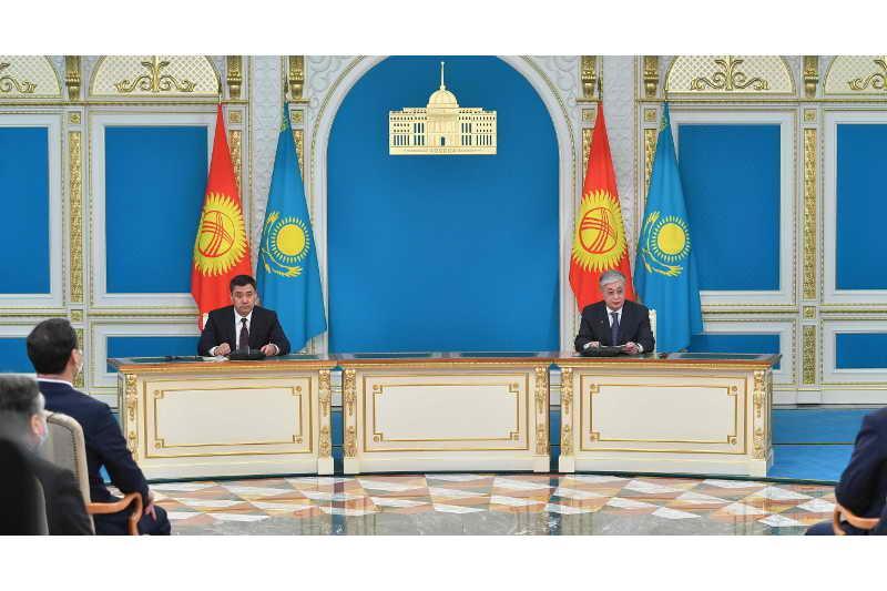 Қазақстан мен Қырғызстан президенттері бірлескен баспасөз мәслихатын өткізді