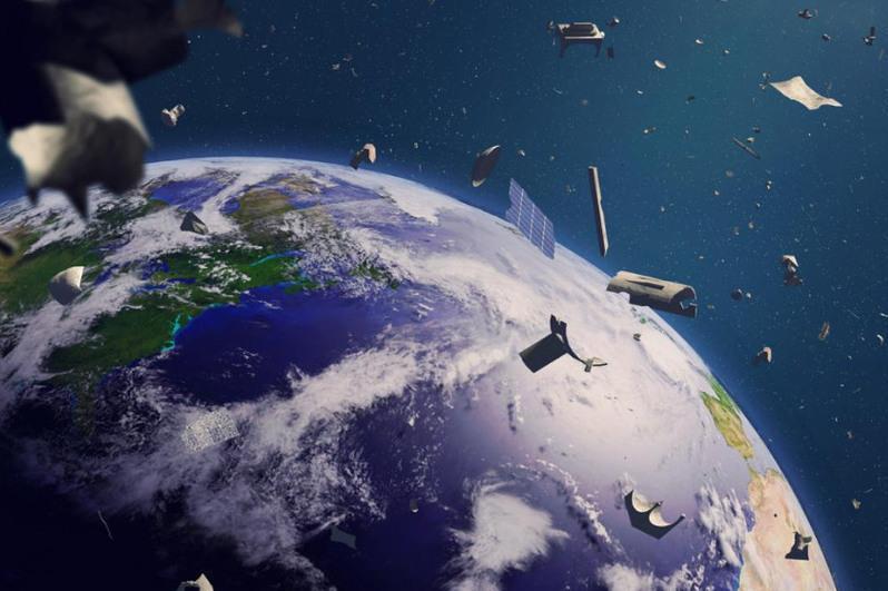 卡拉干达菁英学校学生提出清理太空垃圾的新方案