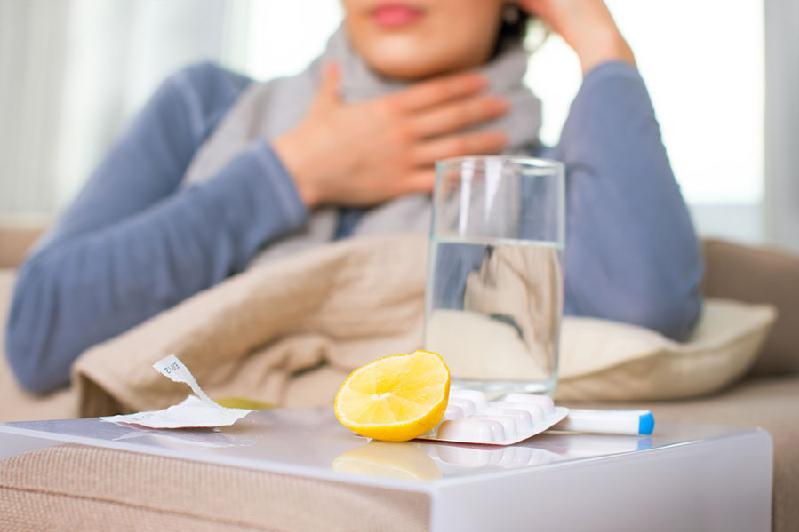 Коронавирусная инфекция может со временем превратиться в сезонную ОРВИ – эксперт