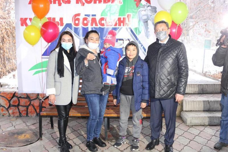 Алматы облысында үйі өртеніп кеткен көпбалалы отбасы баспаналы болды