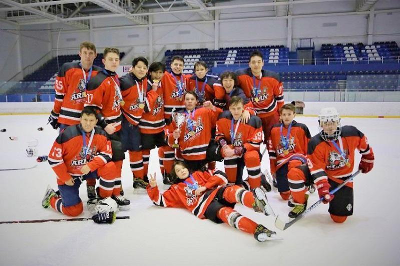 Акмолинские хоккеисты выиграли зимнюю гимназиаду школьников РК