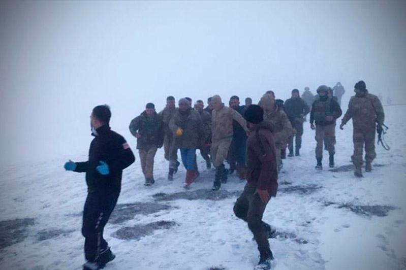 В Турции потерпел крушение вертолет: погибли девять военных