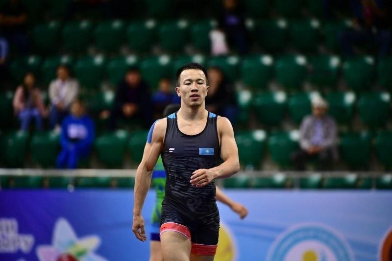 Казахстанские борцы вышли в финал Мемориала Маттео Пелликоне