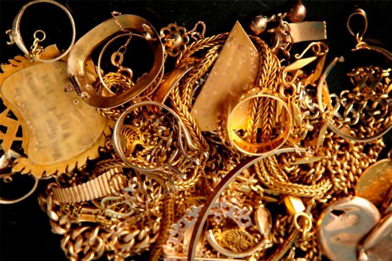 Тараздағы зергерлік дүкеннен 25 млн теңгенің алтынын ұрлаған қарағандылық тергелуде