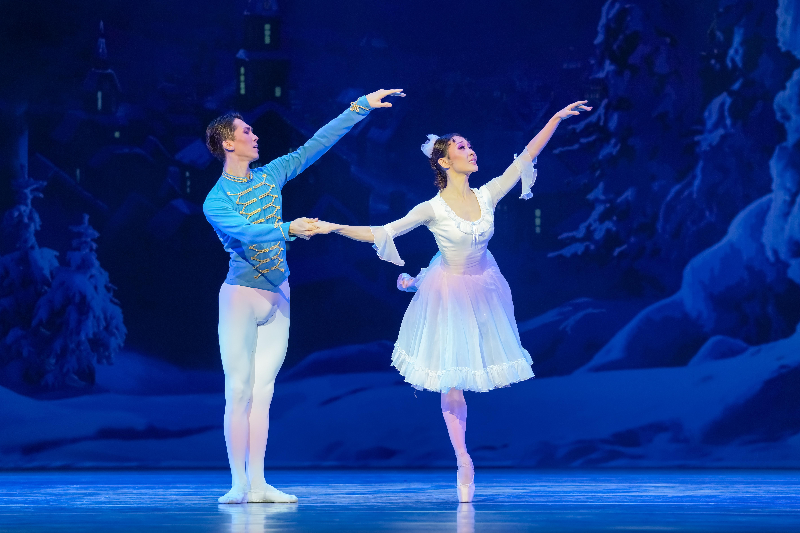 Праздничный концерт в честь 8 марта состоялся в «Астана Балет»