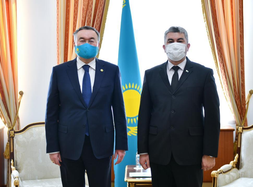 哈外交部长会见土库曼斯坦驻哈大使