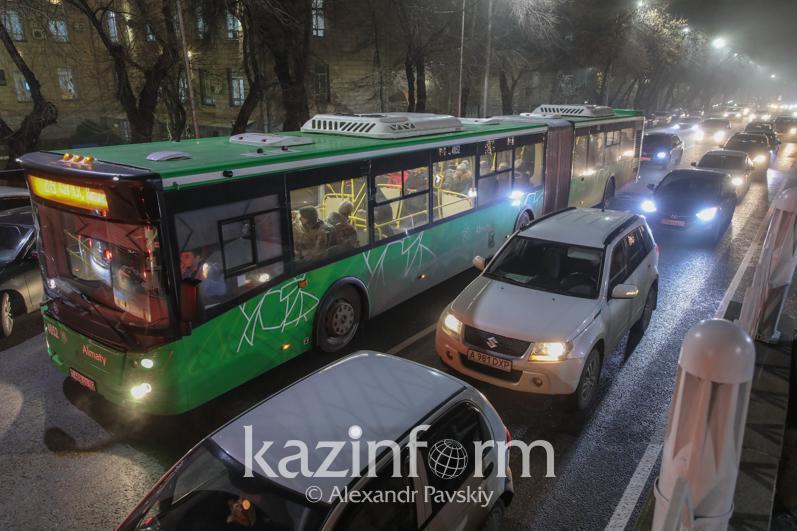 Алматыда автобустардың бағыты өзгертілді