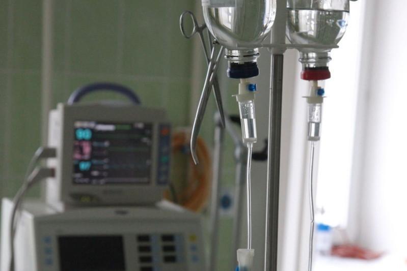Двое пострадавших при падении самолета в Алматы находятся в реанимации