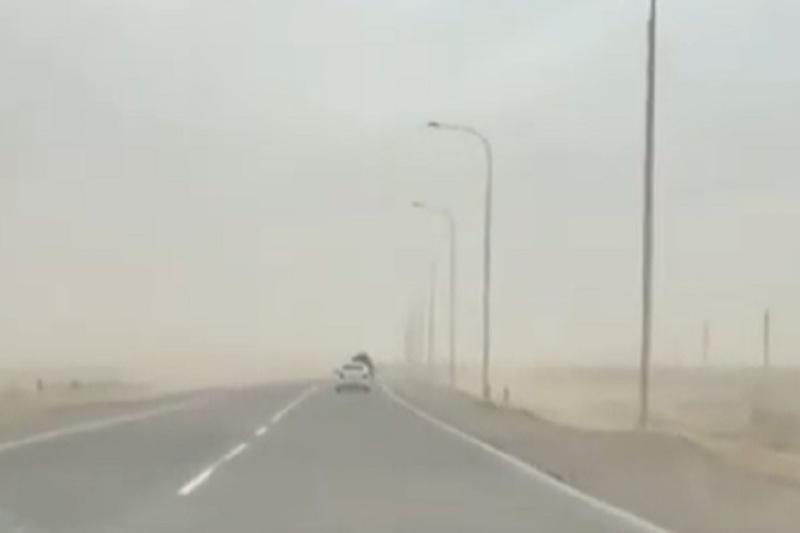 Dust storm rages across Mangistau region