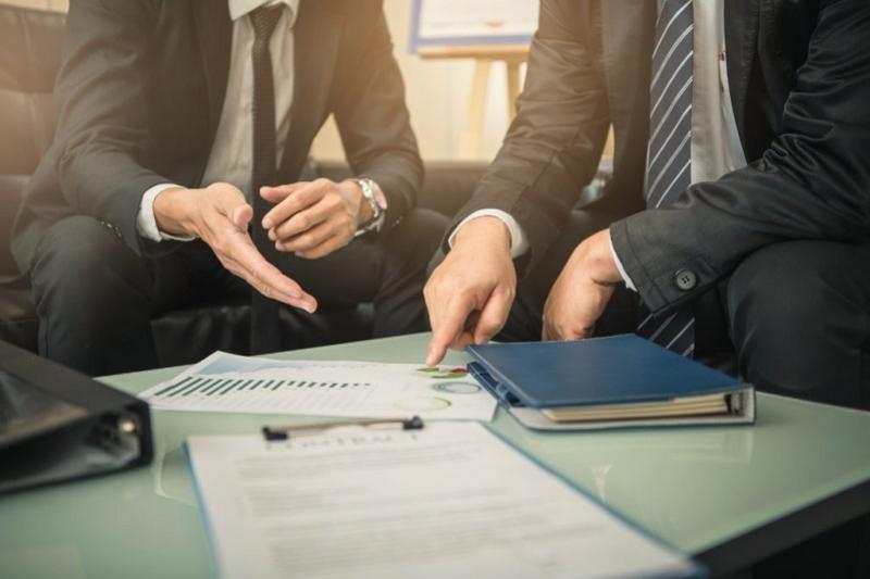 Ввести персональную ответственность чиновников за ущерб добросовестному бизнесу просят депутаты