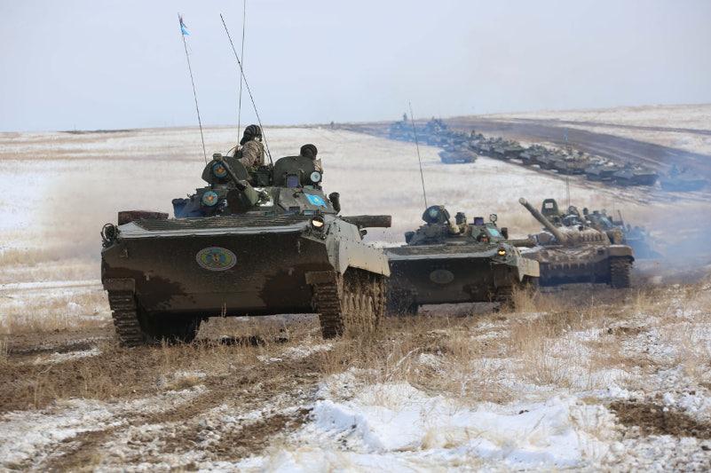 Новые формы ведения боя отработали на учениях казахстанские военные